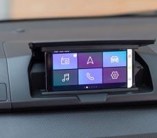 با مدیا کنترل داچیا گوشی خود را تبدیل به صفحه نمایش خودرو کنید