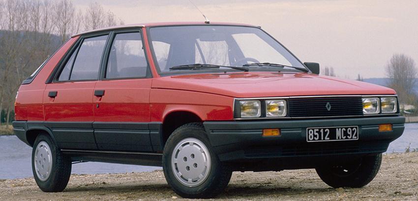 رنو ۱۱ (Renault ۱۱)